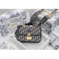Christian Dior AAA Quality Messenger Bags For Women #829473