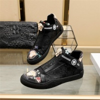 Versace Casual Shoes For Men #839570