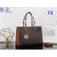 Michael Kors Handbags For Women #842390