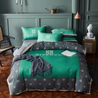 Givenchy Bedding #844583