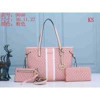 Michael Kors Handbags For Women #846110
