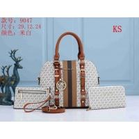 Michael Kors Handbags For Women #846113