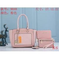 Michael Kors Handbags For Women #850597