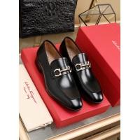 Ferragamo Leather Shoes For Men #852621