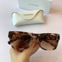 Valentino AAA Quality Sunglasses #855270