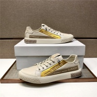 Versace Casual Shoes For Men #880001