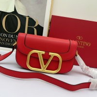 Valentino AAA Quality Messenger Bags For Women #881772