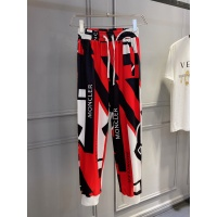Moncler Pants For Men #884125