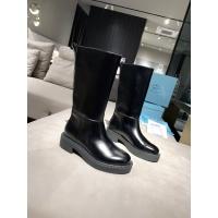 Prada Boots For Women #886538