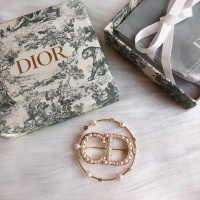 Christian Dior Brooches #888375
