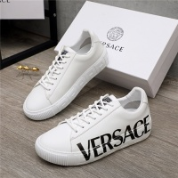 Versace Casual Shoes For Men #890575