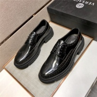Versace Casual Shoes For Men #891396