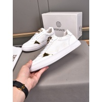 Versace Casual Shoes For Men #893039