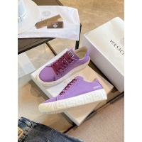 Versace Casual Shoes For Women #894923