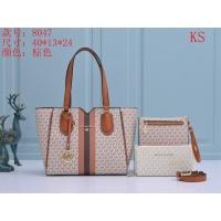 Michael Kors Handbags For Women #910744