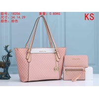 Michael Kors Handbags For Women #911033