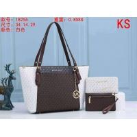 Michael Kors Handbags For Women #911035