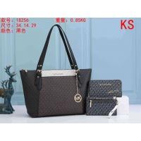 Michael Kors Handbags For Women #911036