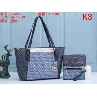 Michael Kors Handbags For Women #911037