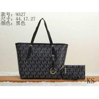Michael Kors Handbags For Women #911041