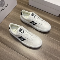 Versace Casual Shoes For Men #914244