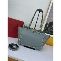 Valentino AAA Quality Handbags For Women #917738