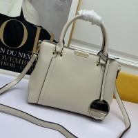 Bvlgari AAA Handbags For Women #922403